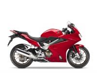Honda VFR800F, červená Viktory