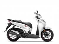 skútr Honda SH300i, bílá matná Sport