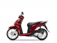 skútr Honda Vision 110, červená Splendour Red