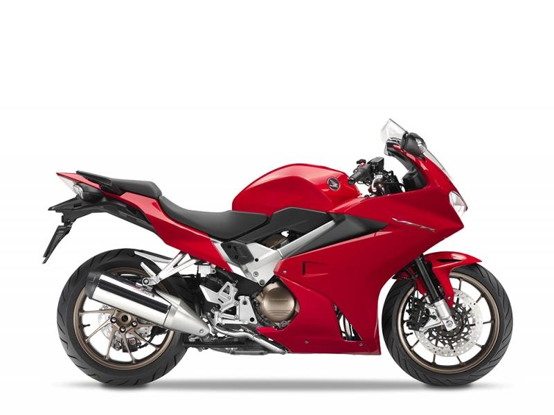 VFR800F červená