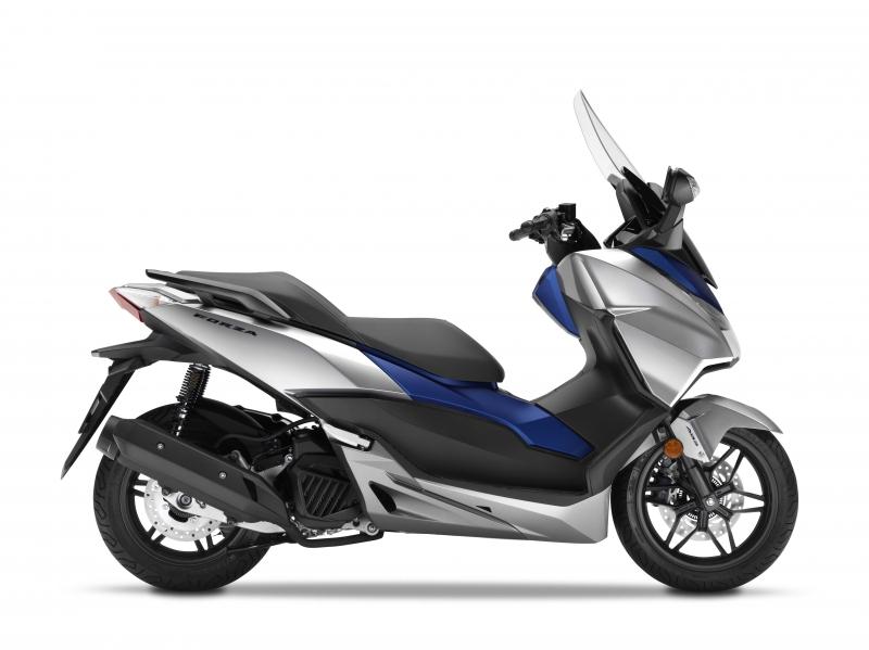 skútr Honda  Forza 125 ABS, stříbrná Silver/Blue